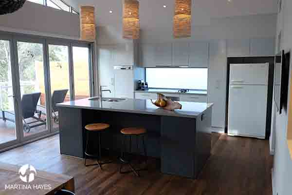 Grey-Open-plan-kitchen-design