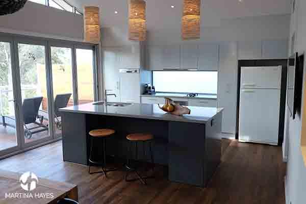 Grey-Open-plan-kitchen-design