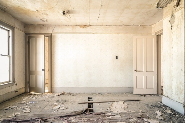 Home renovation: Should you hire an architect or better an interior designer