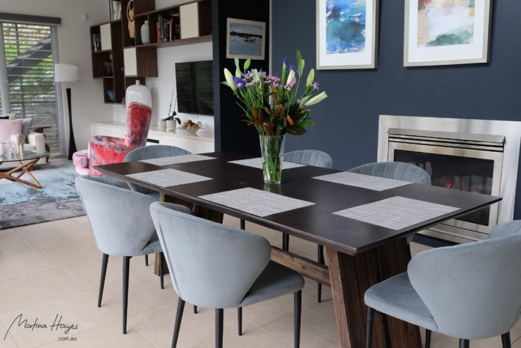 contemporary style open plan living and dining space